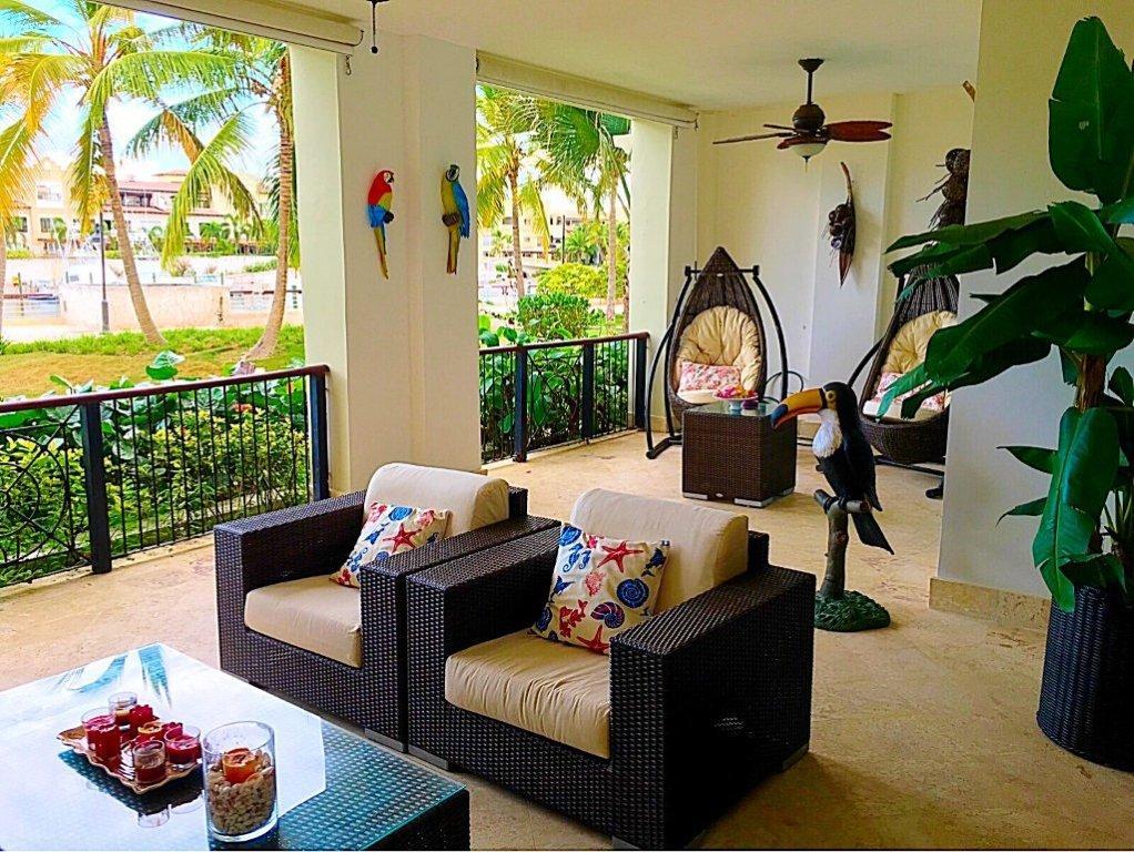 Aqua Marina Apartment AQ001