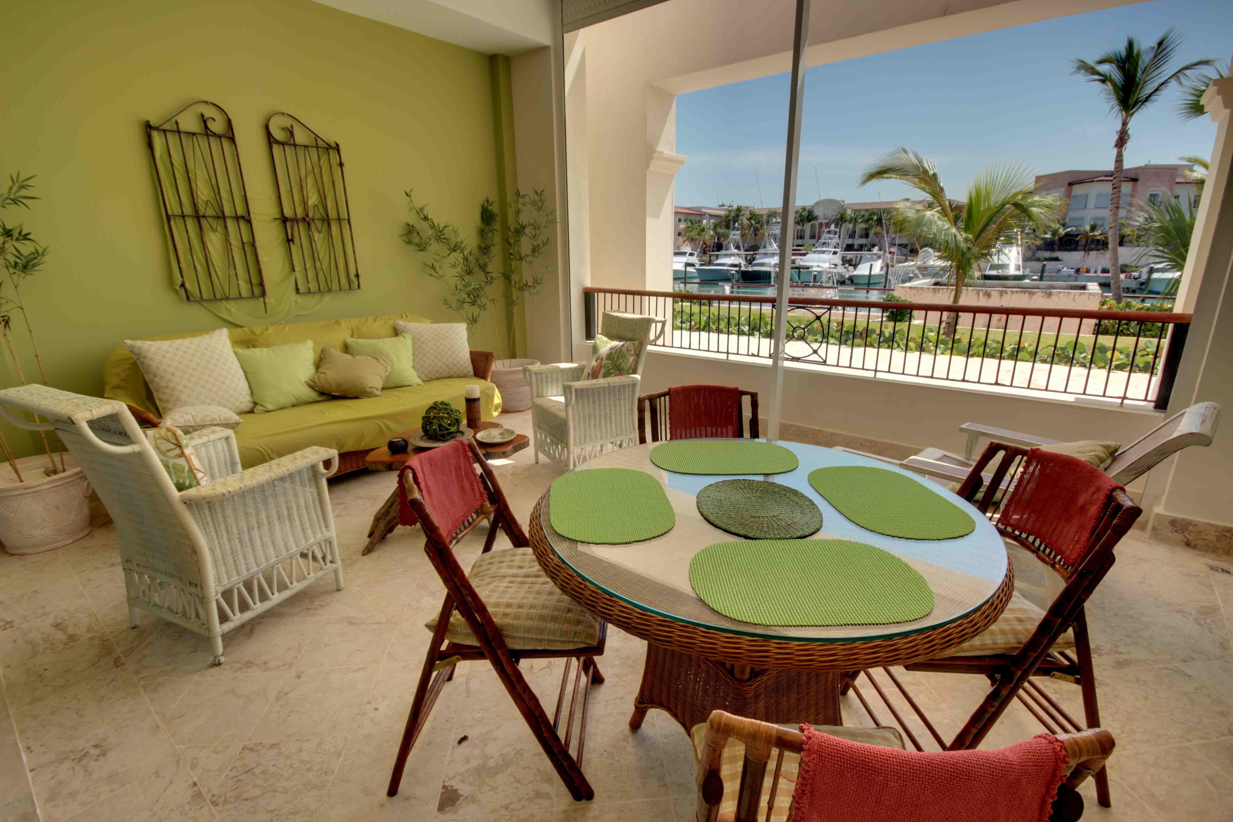 Aqua Marina Apartment AQ002