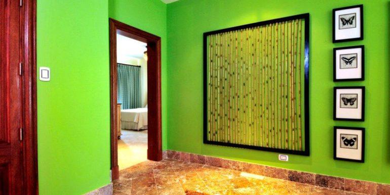 luxury-aqua-marina-real-estates6